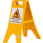 Panneau d'avertissement pour sol mouillé - 605 cm, 205 cm, 1pcs